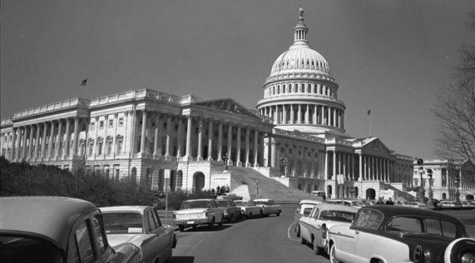 Сьвяткаваньне 25 сакавіка з удзелам уладаў ЗША і прадстаўнікоў дыяспараў – 1957 г.